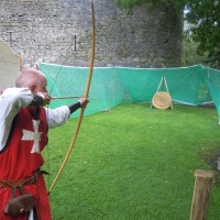 Dave Hodson demonstrating archery at Athenry