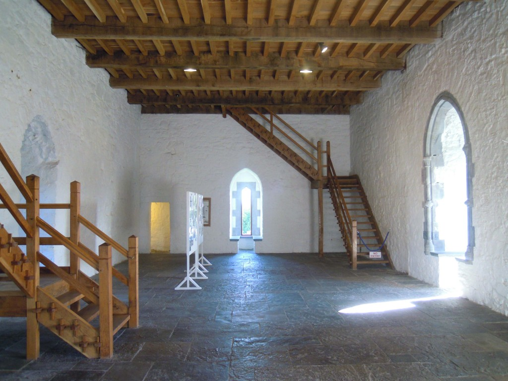 first floor hall chamber in the keep
