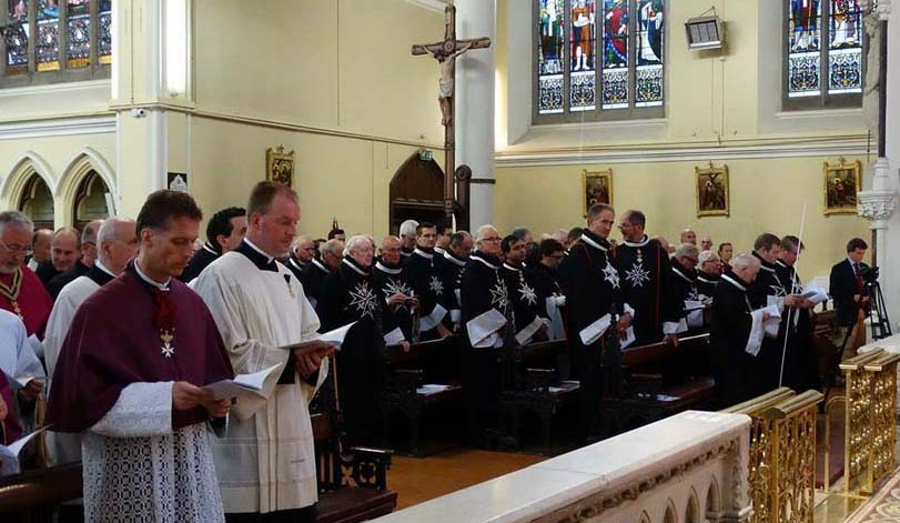 Knights and Dames, Clergy and Religious in congregation